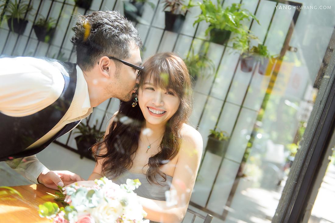 [自助婚紗] S&C 婚紗拍攝:Yang 拍攝協助:陳佳和 造型:Ray 禮服:蒂米琪 Demetrios Bridal Room